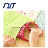 La prova non tessuta stampata della polvere del sacchetto di corsa del sacchetto calza il sacchetto