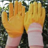 Guanto di funzionamento di giardinaggio di sicurezza tuffato metà gialla del nitrile