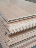 9 milímetros Okoume/madera contrachapada comercial del cedro rojo del lápiz para los muebles o la decoración