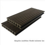 Decking approuvé de la CE WPC pour la décoration extérieure de plancher