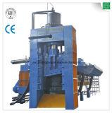 Chatarra hidráulica que recicla la máquina del esquileo de la prensa