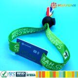 HUAYUAN 13.56MHz NTAG213の無接触RFIDによって編まれるリスト・ストラップ