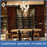 Mobilia di titanio nera fissata al muro personalizzata della cantina per vini per la barra/randello