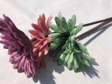 Margherita falsa di seta viola dei fiori artificiali per la decorazione domestica di cerimonia nuziale