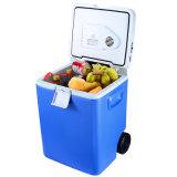 Refrigerador DCL12 de 30L com pega telescópica e rodas