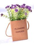 Flores salvajes plásticas de congregación artificiales en la bolsa de papel colgante para toda la decoración pública