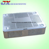 El metal de hoja que estampa formando la soldadura del grabado procesa servicios