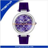 Shenzhen-Fabrik-Quarz-Uhr für Frauen mit echtes Leder-Band