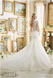 O vestido de casamento novo da noiva, personalizado