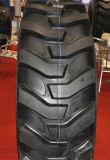 のためIndustrailの使用R4パターンTubelssのタイヤ(16.9-28、16.9-24)