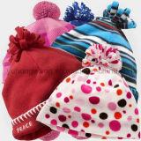 Chapeau polaire tricoté chaud de polyester d'ouatine de l'hiver d'enfants, chapeau de Beanie