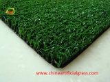 La hierba del césped sintético para la cancha de baloncesto y tenis y los campos