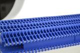 befestigtes modulares Plastikförderband der flachen Platten-900series mit Leitblechen