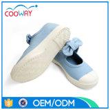 Zapatos de lona usables de goma de los niños de la comodidad del ocio del color sólido
