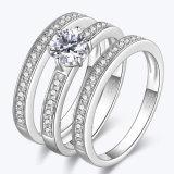 Zilveren drie-in- de Ringen van de Diamanten bruiloft