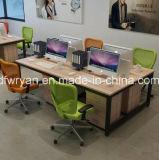 사무실에 있는 나무로 되는 컴퓨터 책상 또는 휴대용 퍼스널 컴퓨터 책상