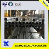 Ciento cincuenta y tres del perfil de aluminio