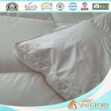 König Sized White Color Mattress Deckel