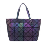 O novo pacote Triangle Geometry Ling Lattice Female Bag (7832)