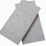 Azulejos minerales del techo de la fibra con los orificios de Pin ()