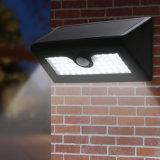 50 LEDsの太陽センサーランプ太陽動力を与えられたPIRの動きセンサーライト塀のヤードの庭の壁の屋外の軽い壁ランプ