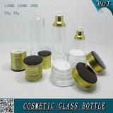 Freie kosmetische Glasflaschen und kosmetische Glassahnegläser