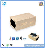 Le plus récent en bois multifonction Qi Bluetooth Haut-parleur de charge sans fil Bluetooth avec réveil Qi NFC