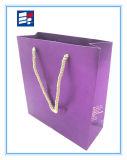 Bolsa de papel profesional de la venta caliente con la impresión de encargo de la insignia