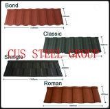 Types en esclavage des tuiles de toiture enduites en métal de sable/de panneau en acier de toit de puce de pierre couleur de terre cuite