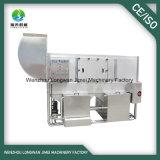 Lavatrice automatica piena del recipiente di plastica