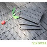 호화스러운 목제 플라스틱 합성 비닐 판자 Decking 옥외 마루 도와