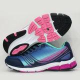 El negro del estilo de la manera calza los zapatos corrientes del Triathlon de la zapatilla de deporte del deporte de las mujeres