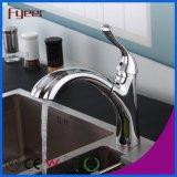 O corpo de bronze retira Faucets do dissipador de cozinha com pulverizador grande