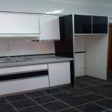 Heiß-Verkauf des neues Modell-Lack-Küche-Schrankes