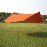 De grote Lichte Schuilplaats van de Tent voor het Openlucht Kamperen van de Familie van Personen 8+