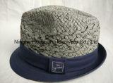 Los cabritos dan el sombrero de paja tejido de Fefora