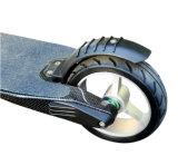 カーボンファイバーによってモーターを備えられるスケートボードのオーストラリアの自動車のスケートボード