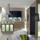 Модульная деревянная мебель кухни