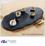 現代デザイン、黒い石造りの茶皿
