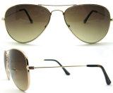 Prochaines lunettes de soleil polarisées neuves avec les tempes minces