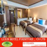 贅沢なホテルの寝室の家具セット