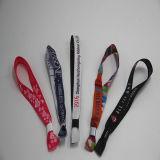 Wristband su ordinazione di modo con la serratura di plastica per il festival