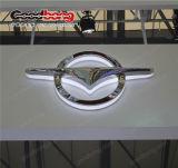 プラスチック広告のクロムLEDによってバックライトを当てられる車のロゴデザイン