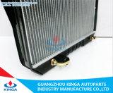 トヨタHiluxのKbLn165'97 99のためのアルミニウムAuto Radiator