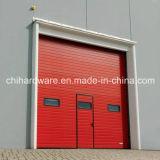 4つのパネルの部門別のドアかガレージのドア