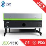 Tarjeta de acrílico del MDF Jsx1310 que talla haciendo publicidad de la muestra que talla la máquina del laser