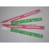 Ein Zeit-Gebrauch-Barcode-Papierwristband-Armband