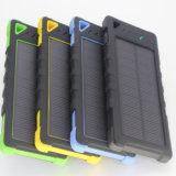 8000mAh外部電池の屋外の太陽エネルギーバンク旅行太陽充電器
