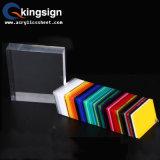 Feuille d'acrylique de couleur produite par usine