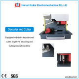 O Locksmith qualificado utiliza ferramentas a máquina de estaca chave automática cheia Sec-E9